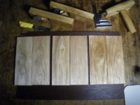 筆箱クルミ(17-08)天板底板の木作り